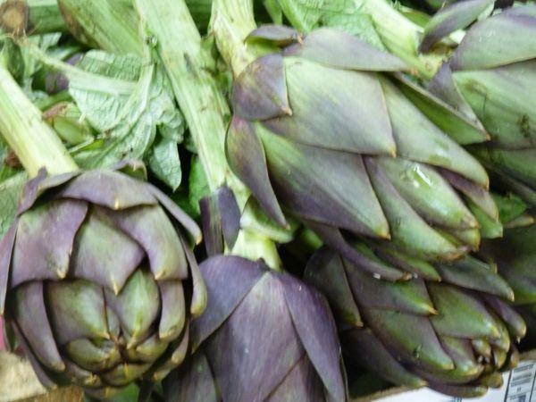 artichokes in the Camucia market