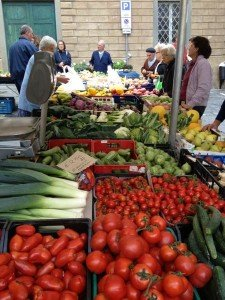 Benigni farm stall Cortona market